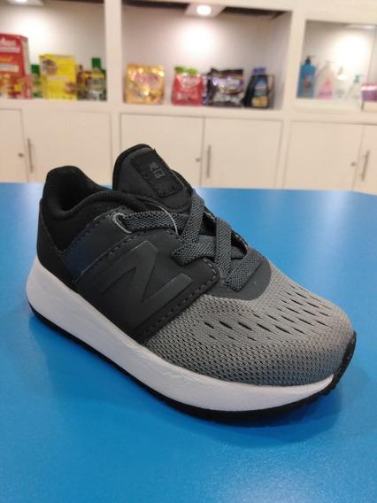 Zapato De Niño New Balance Talla 22.5
