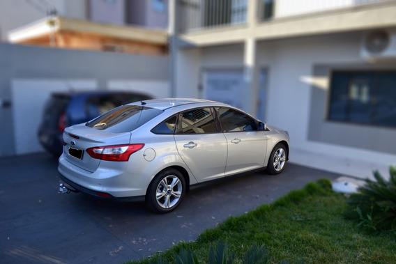Ford Focus 1.6 Se - Modelo 2014 - Prateado