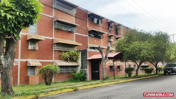 Apartamentos En Venta La Fundacion Maracay Rah 19-14713 Pm