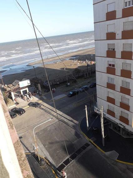 Monoambiente Vista Lateral Al Mar Y A La Peatonal!