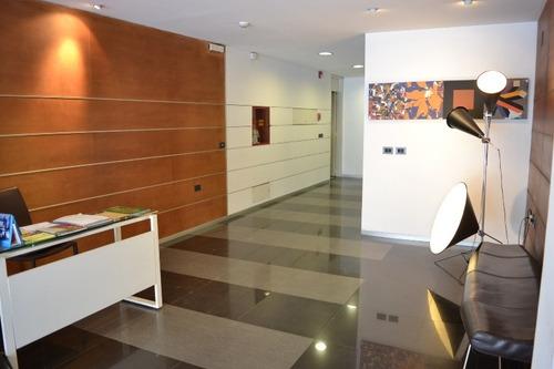 Oficina En Venta - Monoambiente En Ciudad Vieja