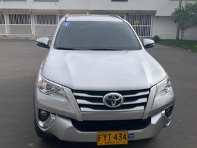 Toyota Fortuner Turbo Diesel 2.4 4x2