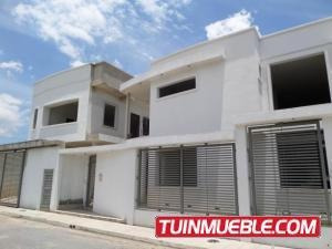 En Casa En Venta En Villas Ingenio 19-1227 Jev