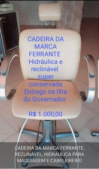 Cadeira Da Marca Ferrante Para Maquiagem E Cabeleireiro