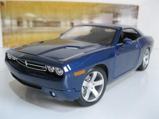 Dodge Challenger - 1/18 Maisto - Na Caixa Original