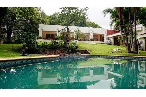 Residencia En Cuernavaca, Morelos