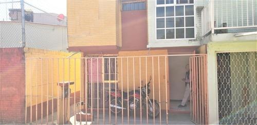 Vendo Casa 2 Niveles Excelente Ubicación, Ctm Viii