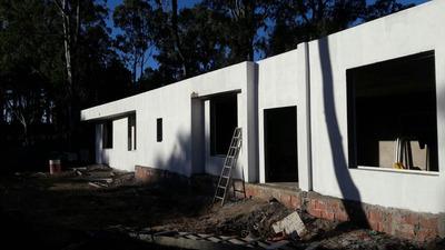 Vendo Urgente - Casa 4 Dormitorios Deportiva 2