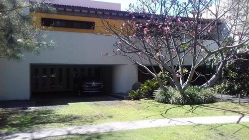 Espectacular Residencia En Valle Real En Renta Ó Venta Frente A Parque
