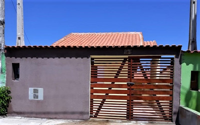 Casa Nova Isolada Com Dois Dormitórios Na Praia