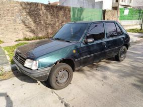 Peugeot 205 1.8 Gld Aa 1997