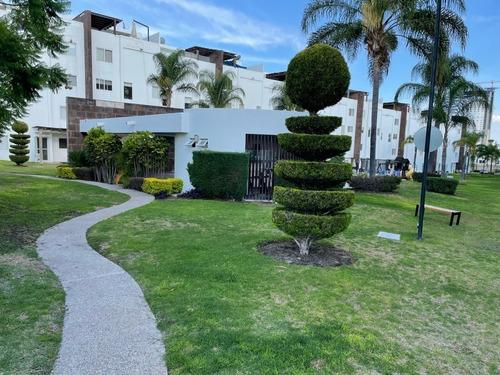 Casa En Venta En Santa Fe Juriquilla