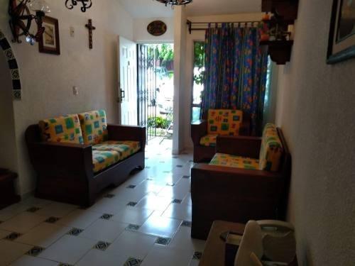 Casa En Condominio En Lomas De Ahuatlán / Cuernavaca - Grb-802-cd
