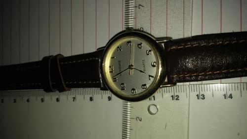 Relógio Mondaine Feminino Quartz Fundo Bege