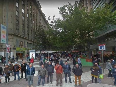 (loc) Ahumada Entre Moneda Y Agustinas 210 M2 Aprox. Show Room