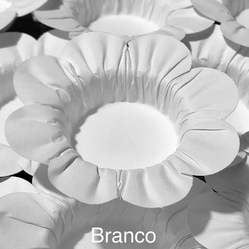 Imagem 1 de 10 de 500 Forminhas Para Doces Casamento Mod Flor Branco