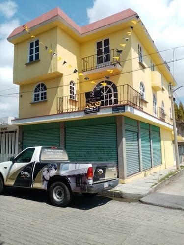 Inversión! Casa En Venta Con 2 Locales Comerciales