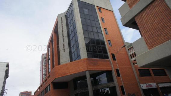 Comercial En Alquiler Barquisimeto 20-24051 Sp