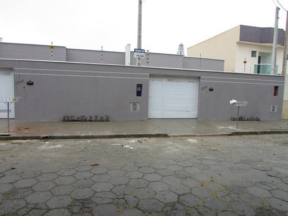 450-casa Nova Alto Padrão, 3 Dormitórios Sendo 1 Suíte.