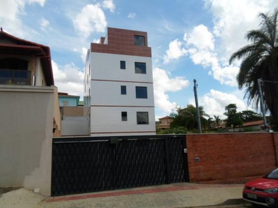Apartamento Com Área Privativa 02 Quartos Arvoredo - 1058