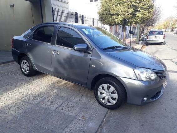 Toyota Etios Xs 20015