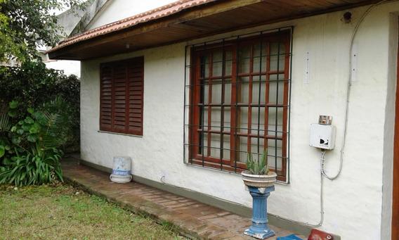 Casa Interna Ubicada A Metros De Av. L. Valette