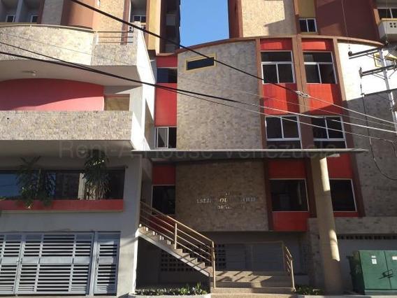 Apartamento Conjunto Res. Kaslik Hjl 20-7444 A Estrenar