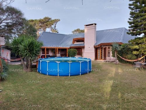 Muy Buena Casa En Venta En Zona De Colegios, Punta Del Este- Ref: 24857