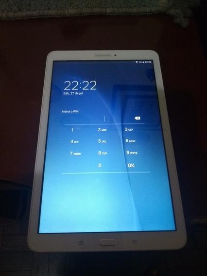 Tablet Samsung Galaxy Tab E Usado