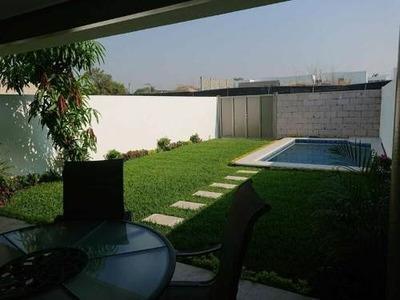 Preventa De Residencia Con Jardín Y Alberca En Tezoyuca, Dentro De Privada Con Seguridad