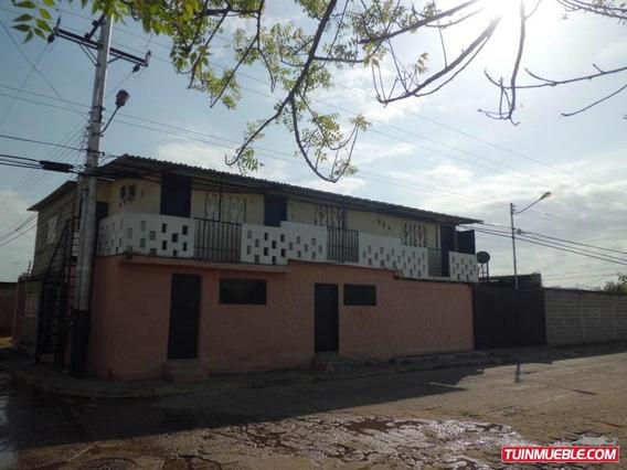 Casa En Venta En Tinaquillo Cojedes Cod. 19-3548 Dgv