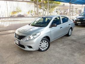 Nissan Versa 1.6 S Flex 2012