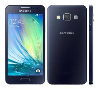 Celular Samsung A3.