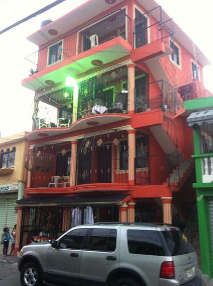 Se Vende Edificio De 5 Nivele Con 7 Apartamento 1 Sala Coci