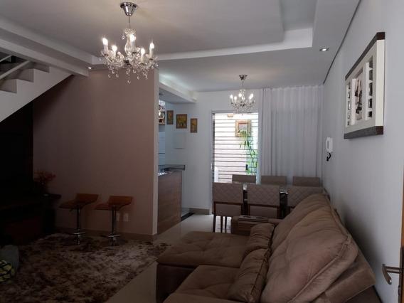 Casa Geminada Com 2 Quartos Para Comprar No Ouro Preto Em Belo Horizonte/mg - 1640
