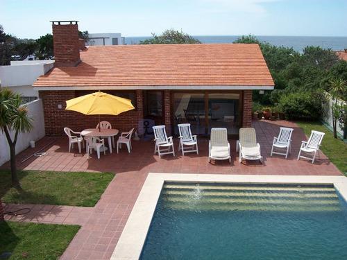 Alquiler Casa En Manantiales, 3 Dormitorios- Ref: 1160
