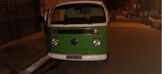 Volkswagen Kombi Kombi Furgao