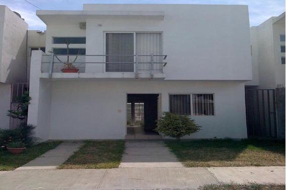 Casa En Renta Fraccionamiento Las Plazas En Monterrey
