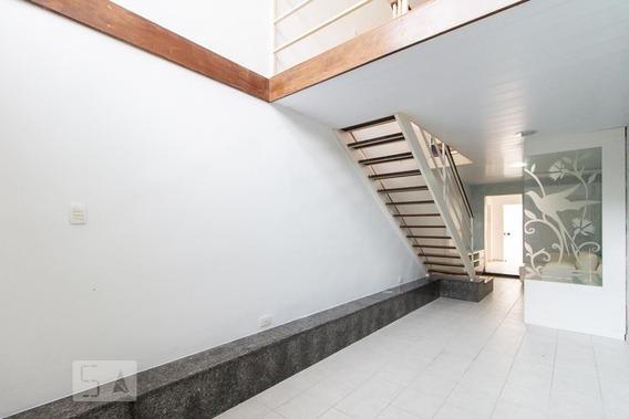 Casa Com 2 Dormitórios E 1 Garagem - Id: 892944823 - 244823