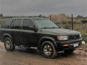 Pathfinder V6 3.3 Camioneta 4x4