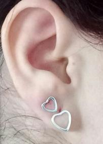 2 Pares De Brinco Coração Em Prata Um Segundo Furo