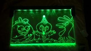 Lampara De Noche Led, La Gallina Pintadita Multicolor 60x30
