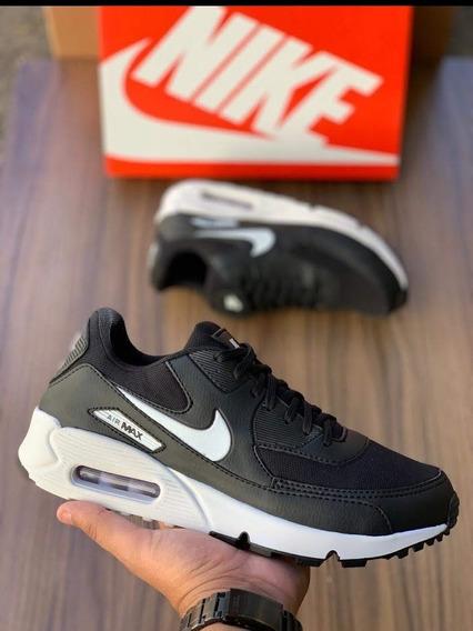 Tenis/sapatos