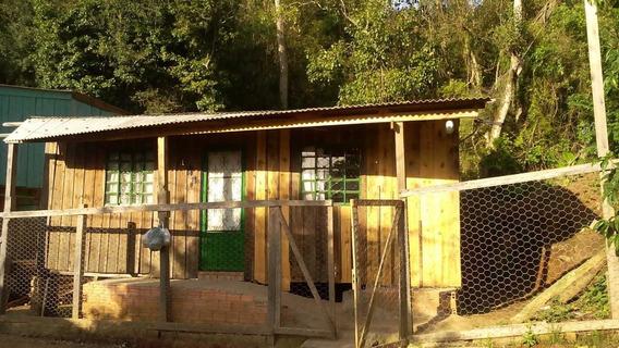 Casa Com 2 Quartos E 1 Banheiro