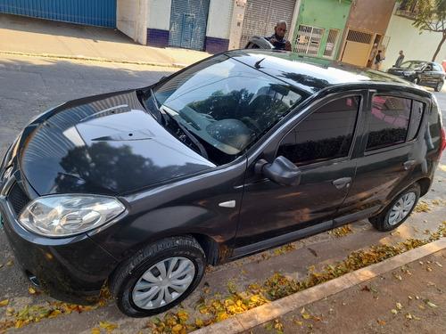 Imagem 1 de 8 de Renault Sandero