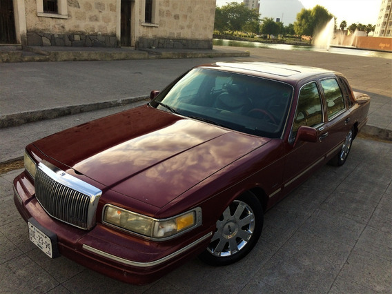 Lincoln Town Car 1996 Cartier Con Suspension Ajustable