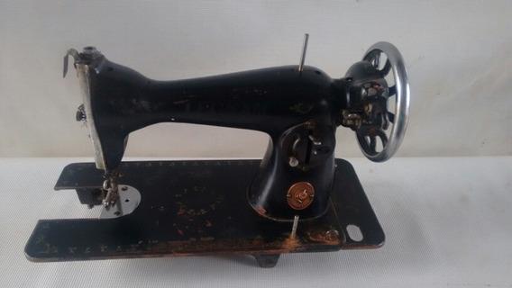 Máquina De Costura Antiga Leonam (779)