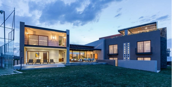 Luxury Residence Located At Las Ventanas Golf Course