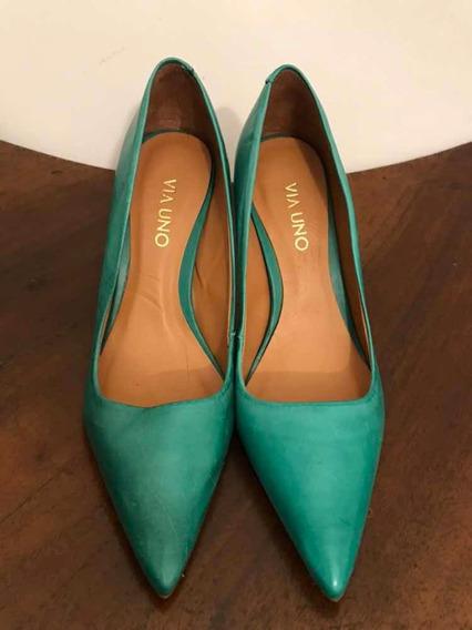 Zapato Stiletto Verde Marca Via Uno. Muy Buen Estado