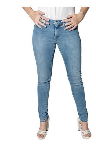 Jeans Damas Celeste Levi´s 711 Skinny - Tienda Chaia